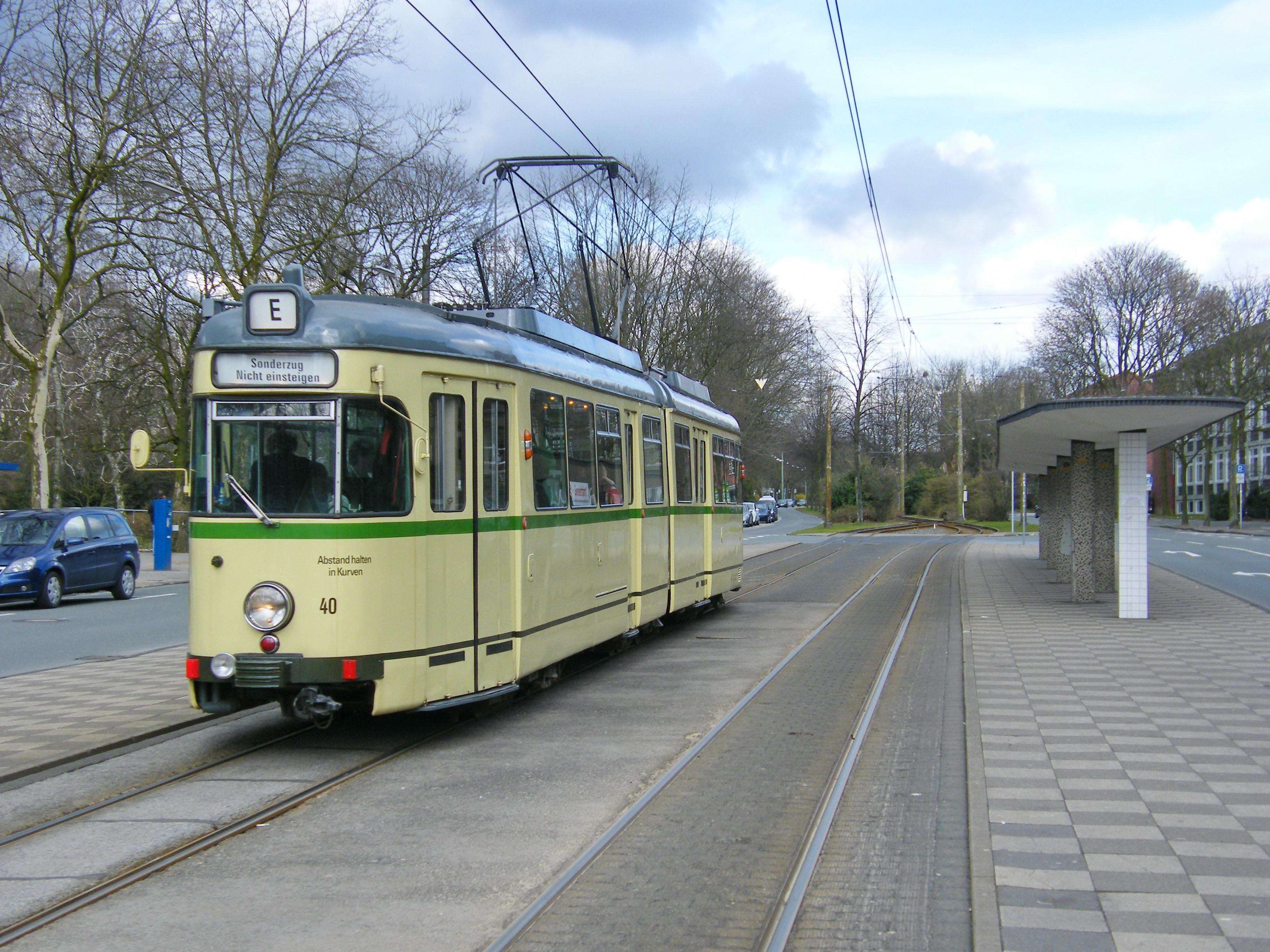 Themenfahrt Schichtwechsel im Emschertal mit Straßenbahn T2 und Schiff 26.5.2017